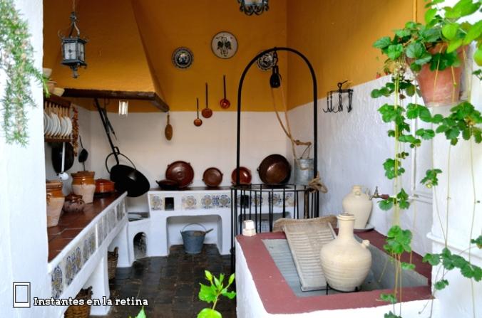 DSC_1630 cocina patio marroquíes
