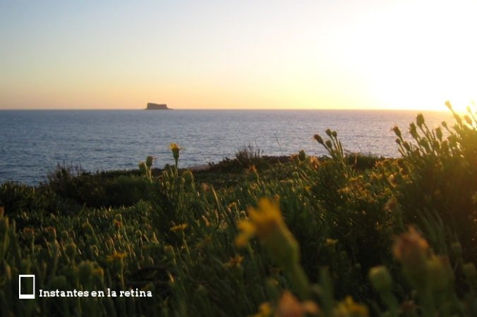 Disfrutamos de las vistas de la isla de Filfla mientras atardecía.
