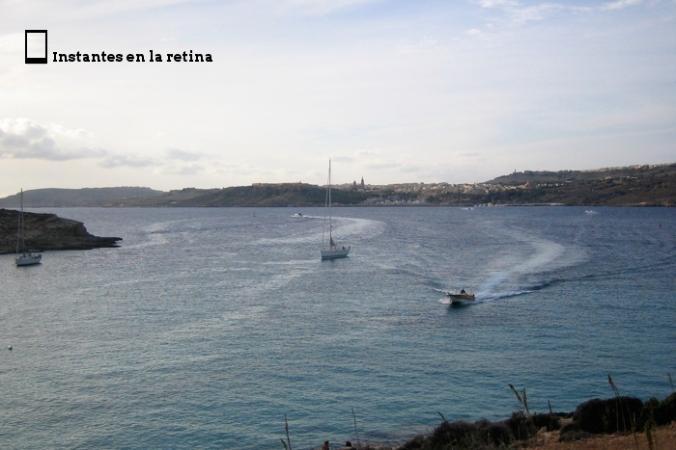 IMG_2936 barcos navegando en comino resize