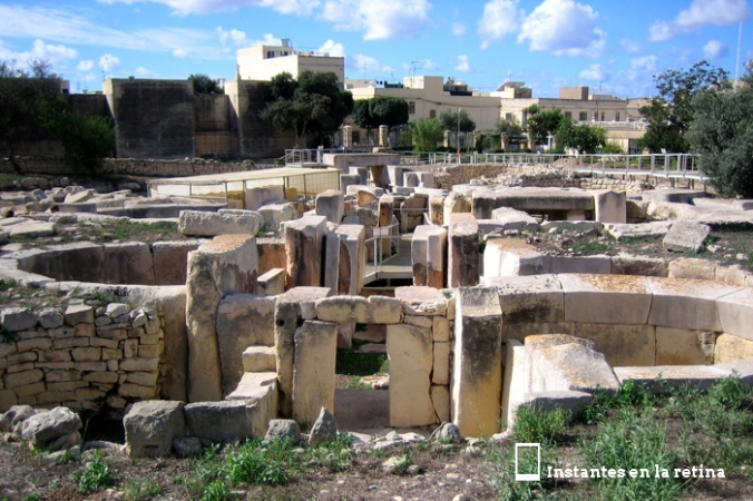 IMG_3012 pasillo central y estructura trebolada Tarxien resize