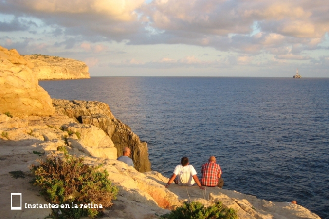 IMG_2570 malteses en gruta azul resize